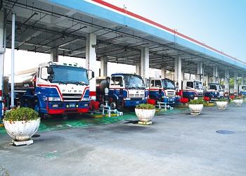 國內汽、柴油價格明(14)日起分別調漲1.1及1.2元