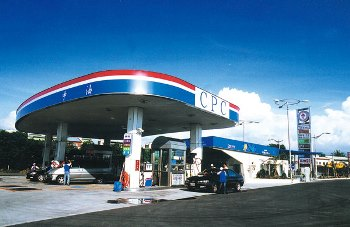 明(7)日起國內汽、柴油價格各調漲0.2元
