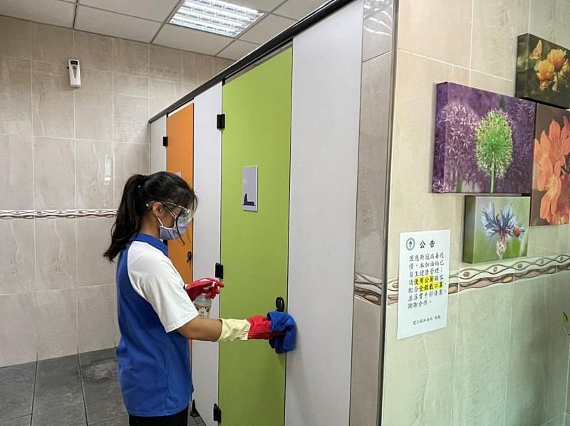 台灣中油體恤出外人 疫情嚴峻仍提供安全清潔廁所供民眾使用