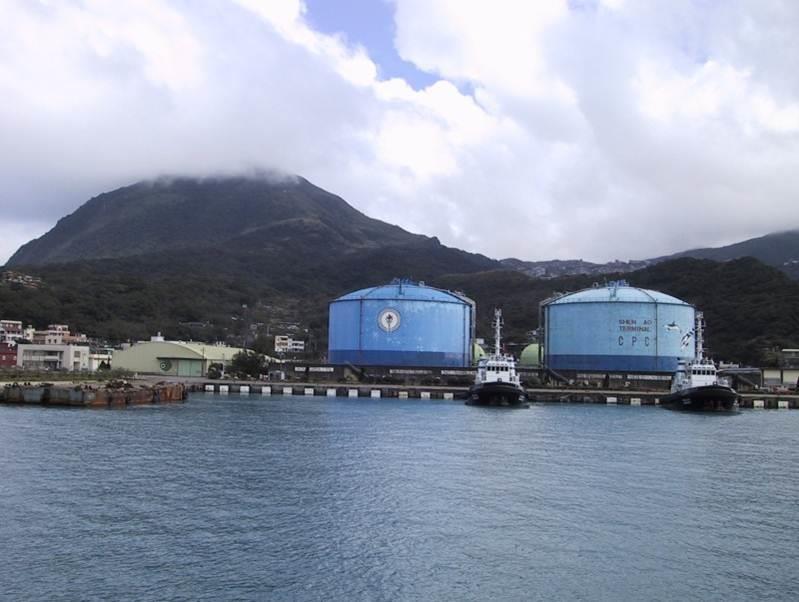 LPG refrigerated tanks